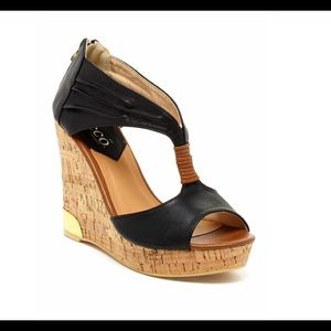 Bucco wedged platform sandal